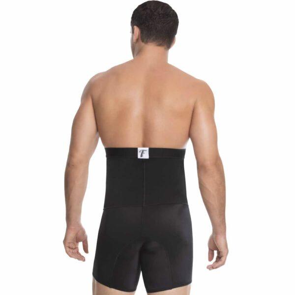 Boxer de hombre control abdomen