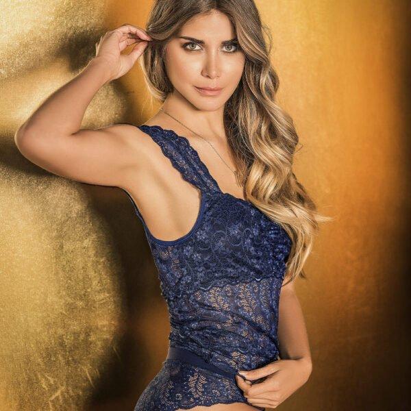 Blusa en encaje Adriana Arango